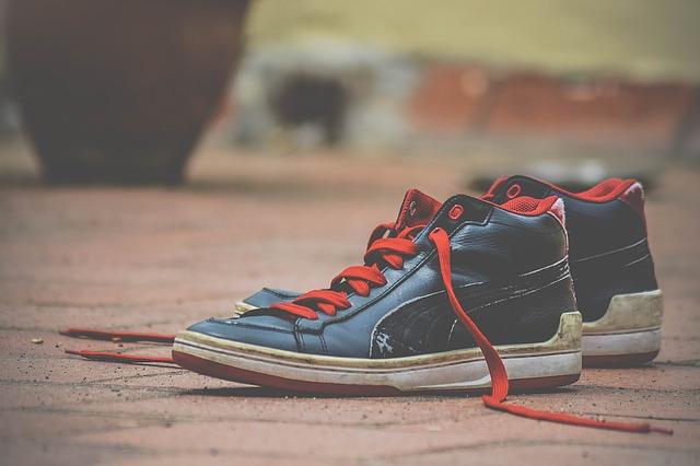 shoes-1285353_640